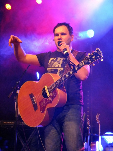 Matt_Redman_at_Dettingen_an_der_Erms_(Germany)_December_2010